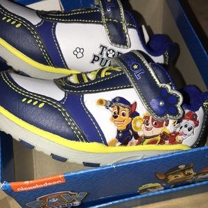 New! Toddler Paw Patrol Light Up Sneakers-Size 6